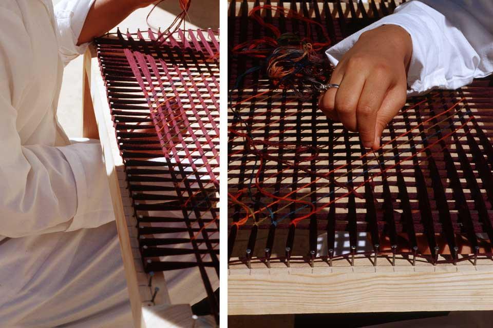 Knotting on a loom - cushions and scarves by Valérie Barkowski