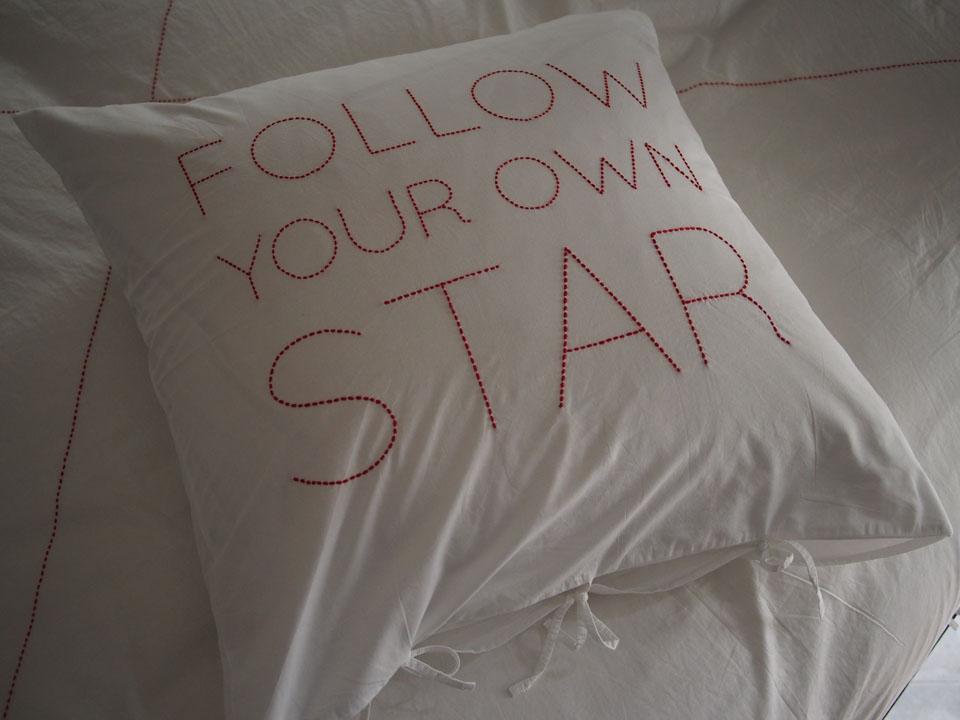 design-v-barkowski-bed-linen-fonts-embroidery