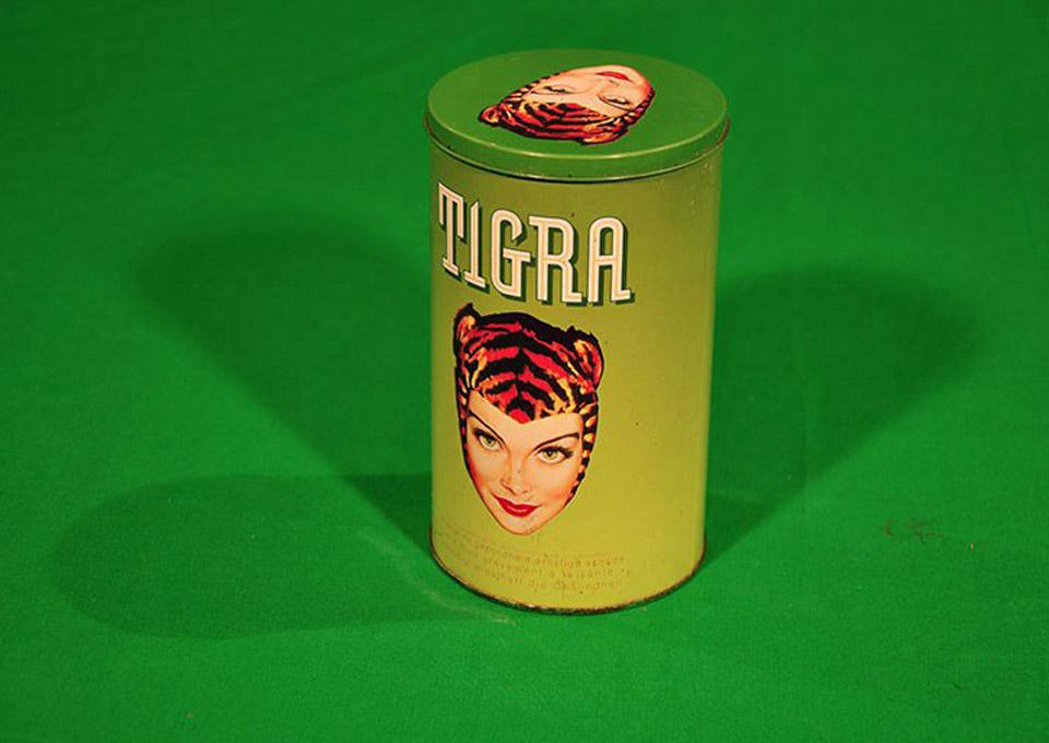 tigra-woman-green-box-tabacco