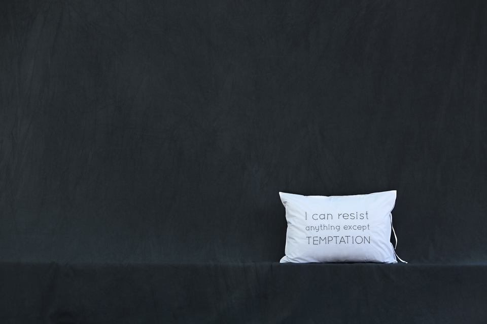 brand-identity-bed-linen-cushions-vb-design-1