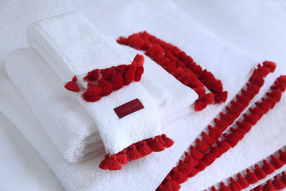 olmassi-suite-room-dar-kawa-bed-linen-details-vbarkowski