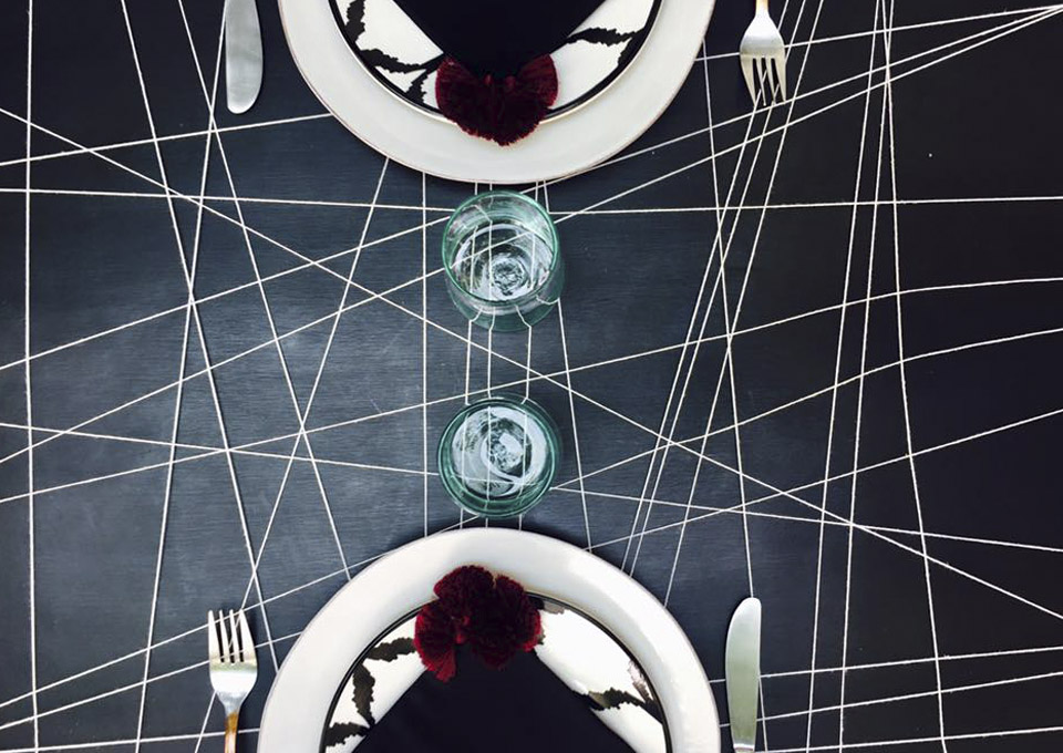 black graphic table setting dar kawa riad marrakesh