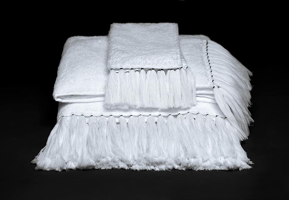 bath towel in terrycloth with long handmade fringes