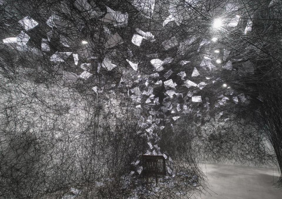 Chiharu Shiota photo1