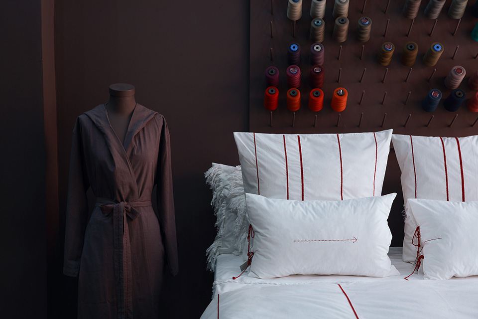 Linge de lit haut de gamme brodé, raffiné et intemporel V.Barkowski